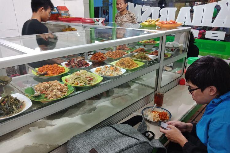 tempat makan warteg