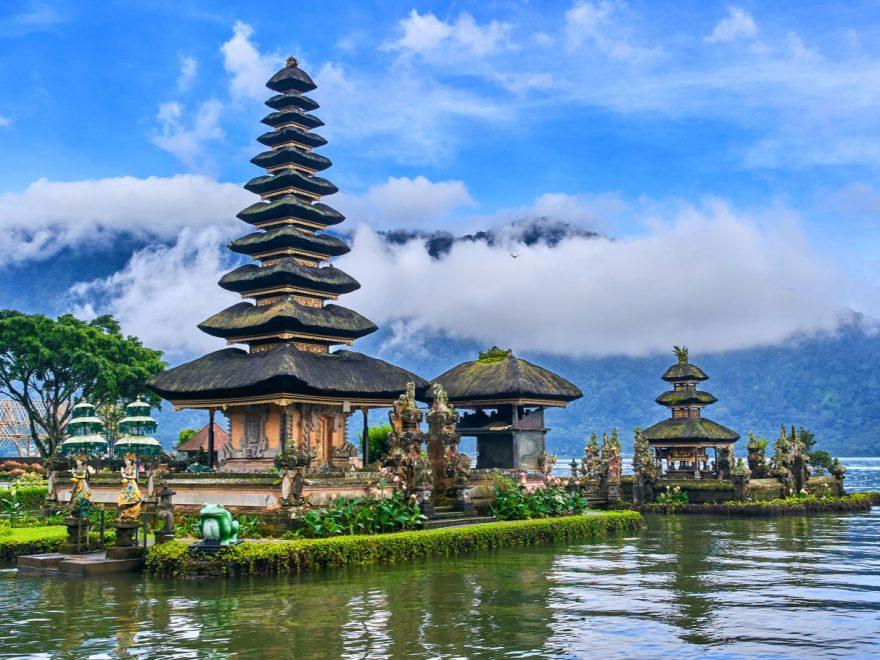 Rekomendasi Tempat Makan Enak Di Bali Yang Wajib Kamu Coba
